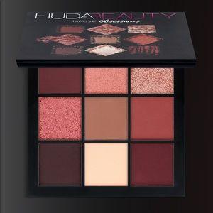HUDA BEAUTY - Mauve Obsessions Palette